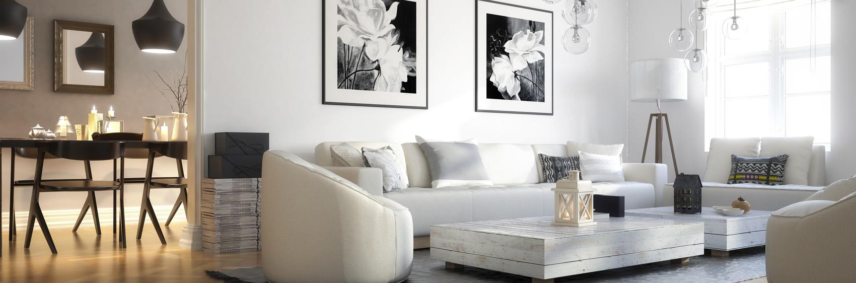 intérieur épuré avec canapé blanc